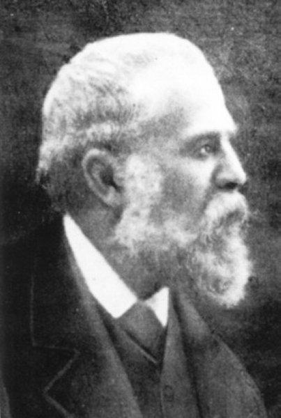 Antoni Gaudi in 1910